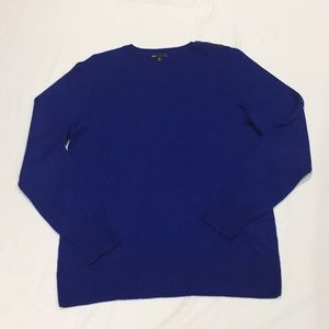 Gap sweater size large